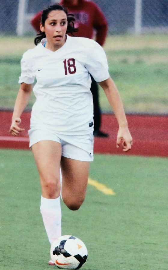 GOALS%3A+Azar%27s+passion+for+soccer+gives+her+strength+to+complete+her+goals.+