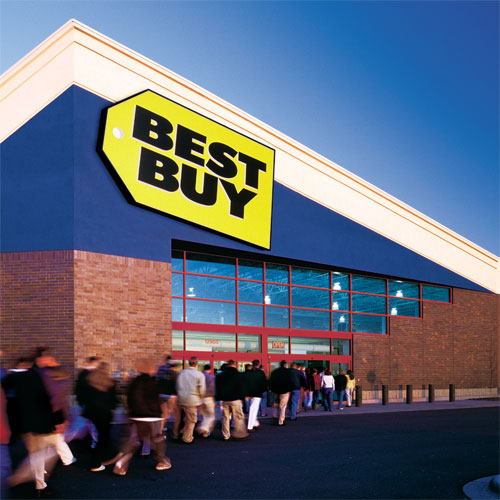 Crowds wait anxiously for Best Buy to open their doors