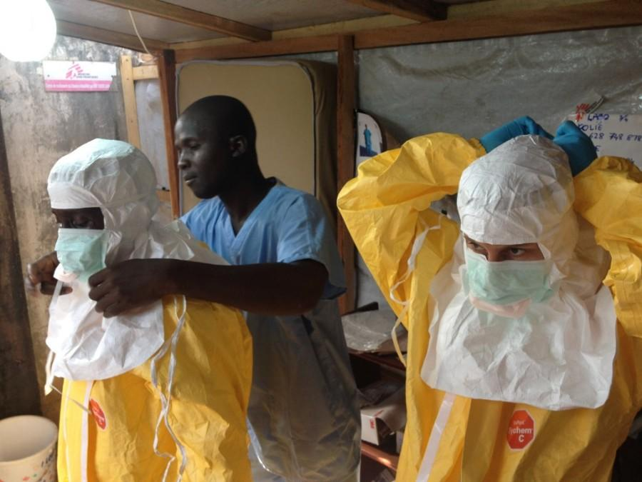 Medical+workers+in+West+Africa+dress+to+treat+Ebola+patients.