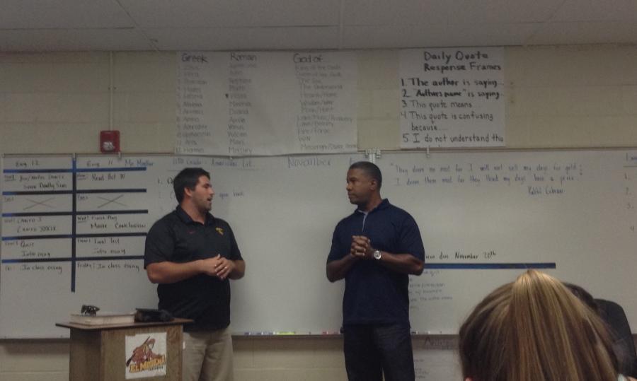 El Mo's FCA representative, Adam Goodman (left), interviews former MLB left fielder Garrett Anderson (right).