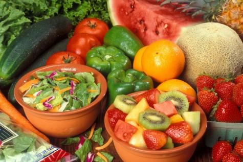 Eat fresh fruit and veggies at vegan/vegetarian restaurants in OC