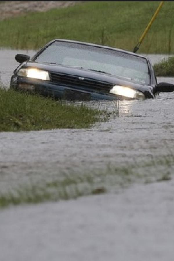 Hurricane Joaquin flooding the streets of South Carolina
