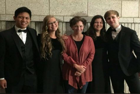 El Mo Honored at 25th Annual Choral Festival