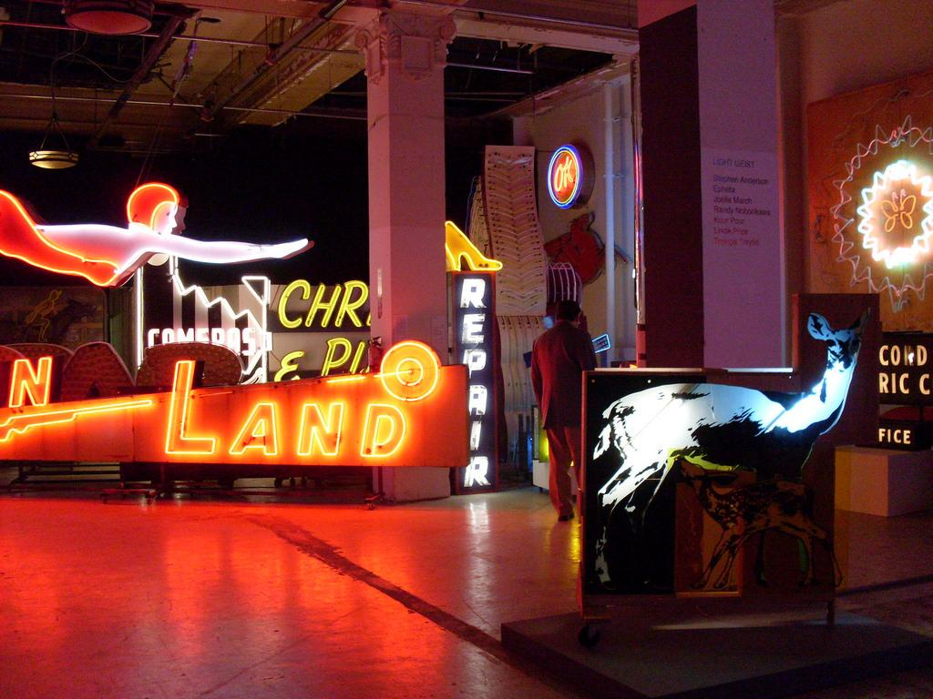 A preview inside the Museum of Neon Art in Glendale, California (Photo via Flickr under the Creative Commons License)