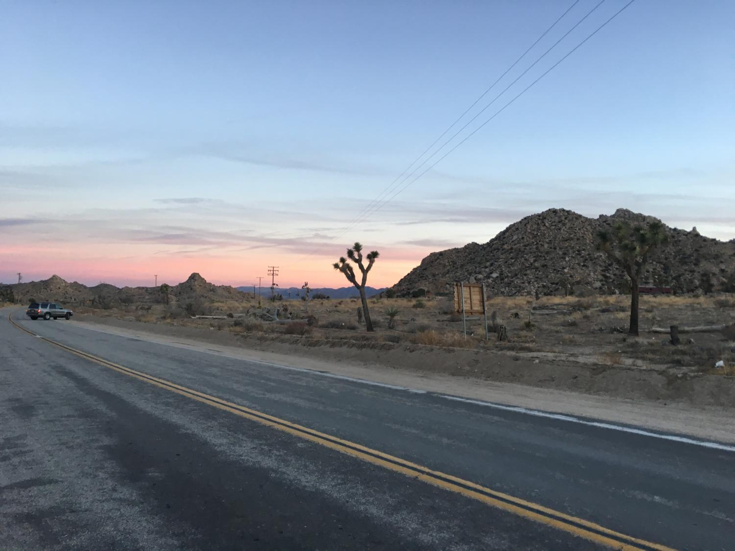 The view at sunset outside of Pappy & Harriet's (53688 Pioneertown Rd, Pioneertown, CA 92268).